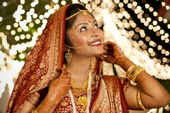 add a different touch to your wedding with indian wedding photographer
