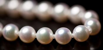 Akoya Pearls : Origins and Popular Uses