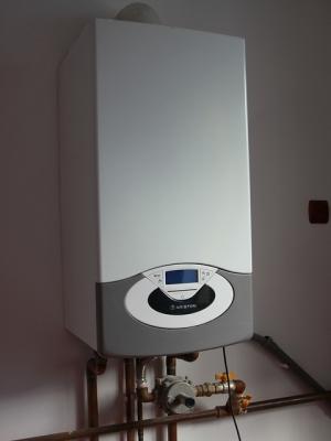 Ariston-Gas-Boilers__36372