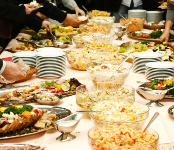 Buffet Restaurant in Mississauga - An Obvious Choice for Hosting Corporate & Social Parties