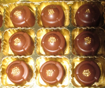 Chocolates filled with Vin Santo