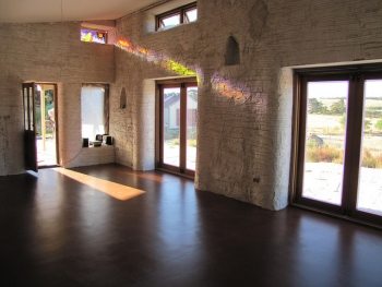 Sealed Concrete Floor - Strawbale House Build in Redmond Western Australia