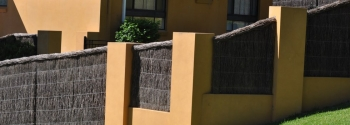 Stylish Privacy Fencing and Screening Installation