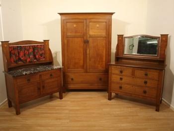 Tips on Understanding Antique Furniture