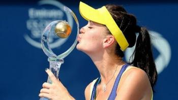 2014 Rogers Final: Agnieszka Beats Venus