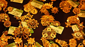 Beautiful Gold Jewelry Designs from Golden India