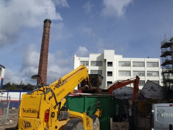 Building machines -  The Custard Factory - Digbeth / Deritend -chimney
