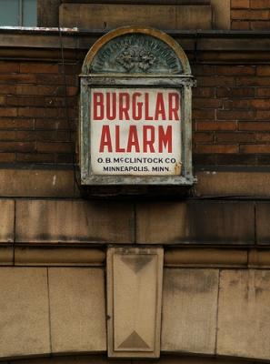 Burglar Alarm At The Laundromat (Brackenridge, PA)