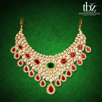Gold Jewellery Designs For The Woman Of Today