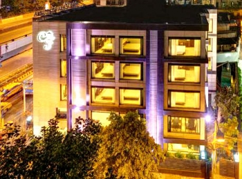 Hotels In Kolkata India Blend Old-World Charm With Modern Comfort