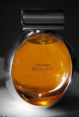 Perfume Macro