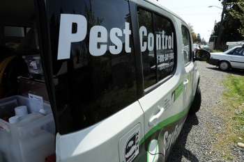 Pest Control, Commercial Technician car, Sayfrog.com, Broadview, Seattle, Washington, USA