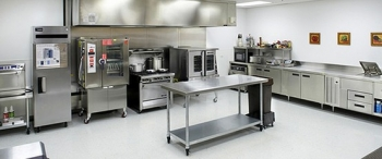 Top Tips for People Learning to Use Commercial Kitchen Equipment for the First Time